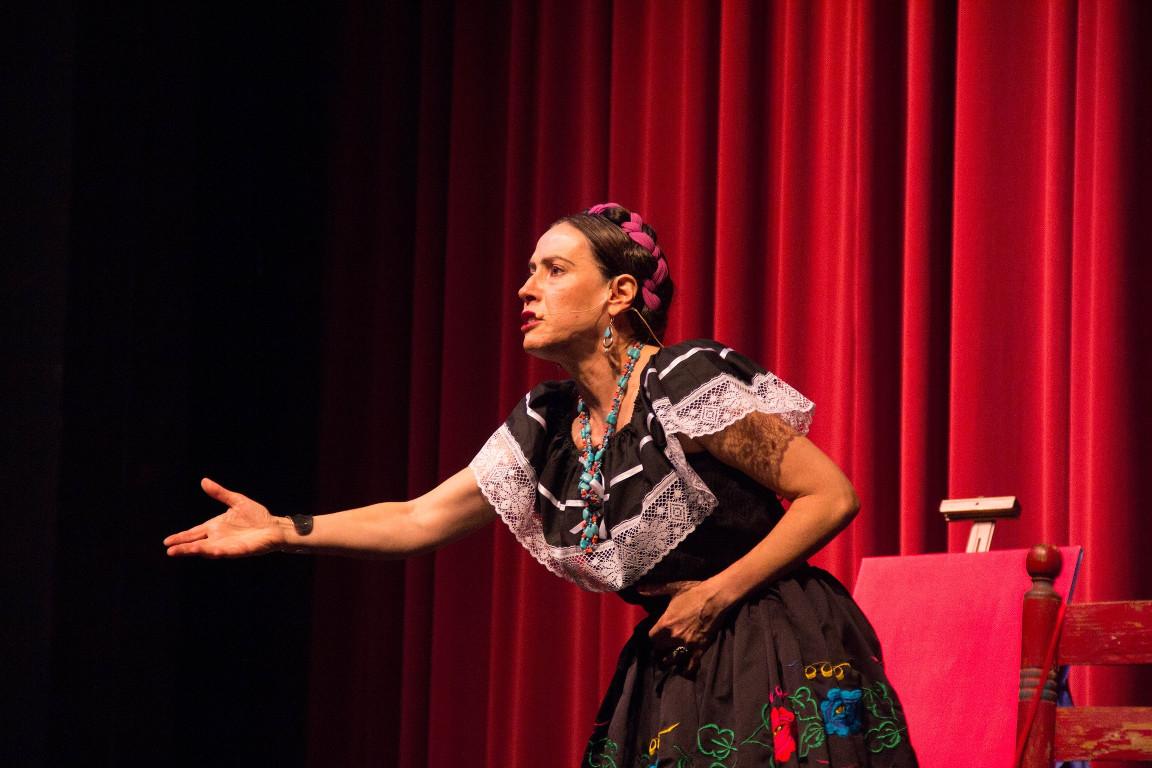 FridaKhalo-7843-768H-min